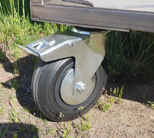 Tournebroche Restogrill équipé de roue avec système de freinage